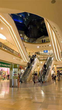 Premier lighting solutions for shopping centers - Philips